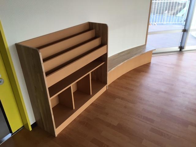 R壁面 椅子&本棚